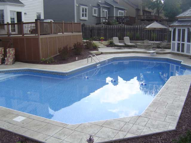 photo of L shaped pool with side step entries Batavia, IL