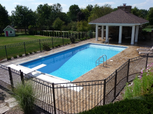 photo of pool with retracted cover St. Charles, IL